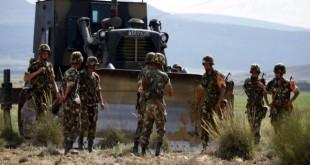 Armée déstruit 9 caches contenant des bombes artisanales et des explosifs à Batna