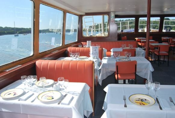 dia-bateau restaurant