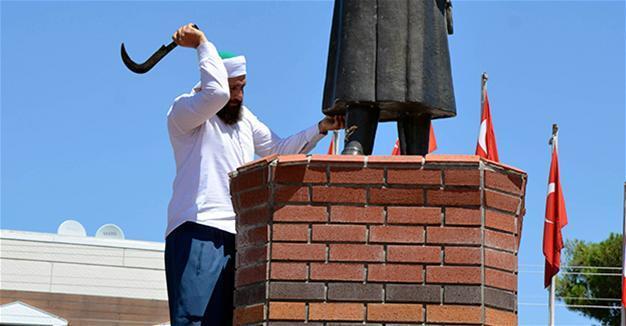 dia-destruction de statue de Kamel