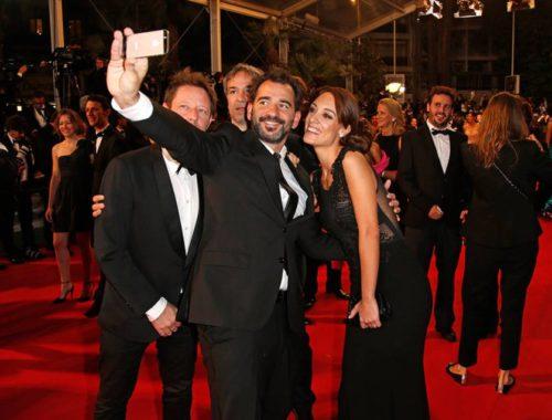 DIA-festival-de-cannes-prohibits-selfies-on-red-carpet