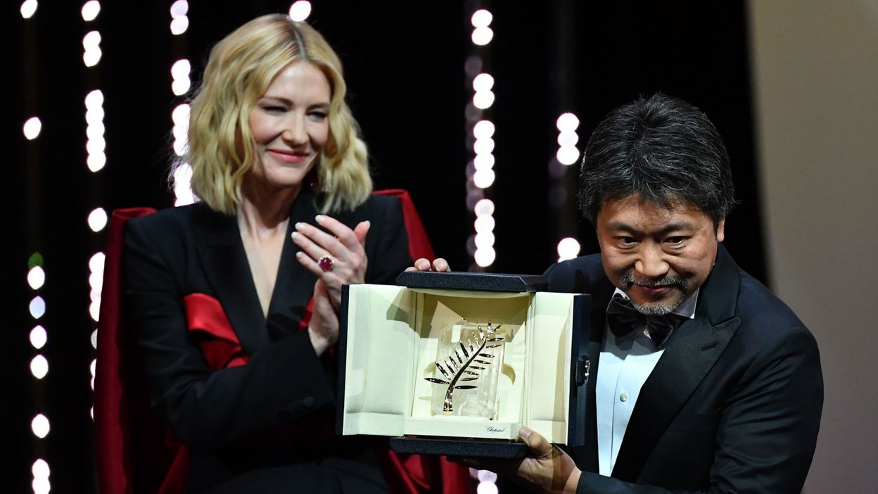le film japonais une affaire de famille remporte la palme d 39 or 2018 dia. Black Bedroom Furniture Sets. Home Design Ideas