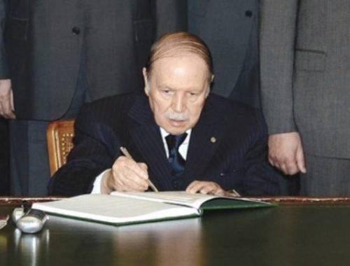 DIA-signature Bouteflika