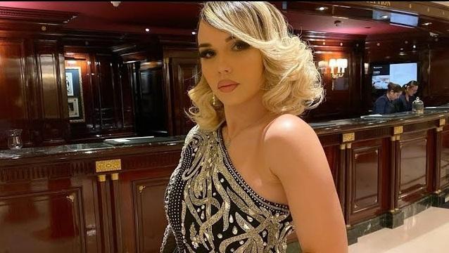Mounia Benfeghoul fait le buzz et crée la polémique après avoir posté une vidéo sur le harcèlement (Vidéo) (Vidéo)