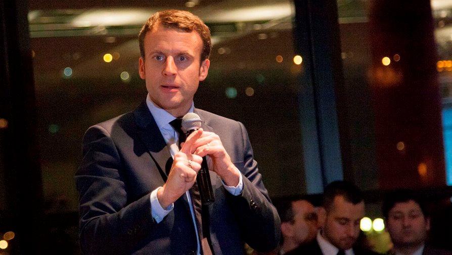 DIA-Macron